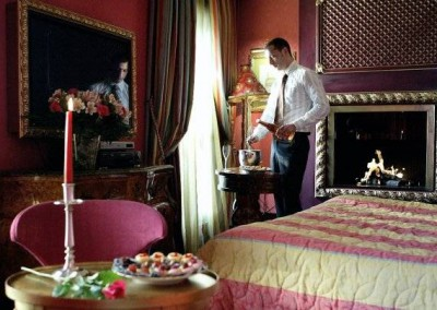 Votre jacuzzi privatif dans la chambre à la Villa Royale