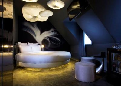 Des chambres et suites uniques à la fois romantiques & sexy !