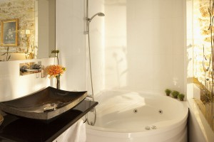 jacuzzi-privatif-paris-hotel-kleber-sexyhotelsparis
