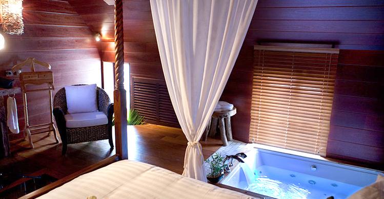 2 hôtels proches de Paris avec jacuzzi dans la chambre