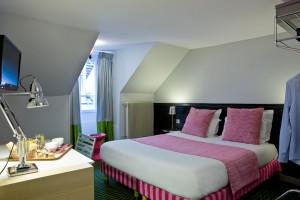 hotel-romantique-paris-100-euros