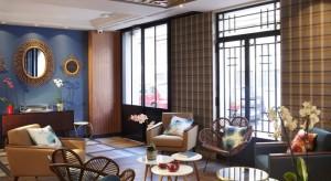 hotel-romantique-paris-moins-100-euros-hotel-comete-sexyhotelsparis