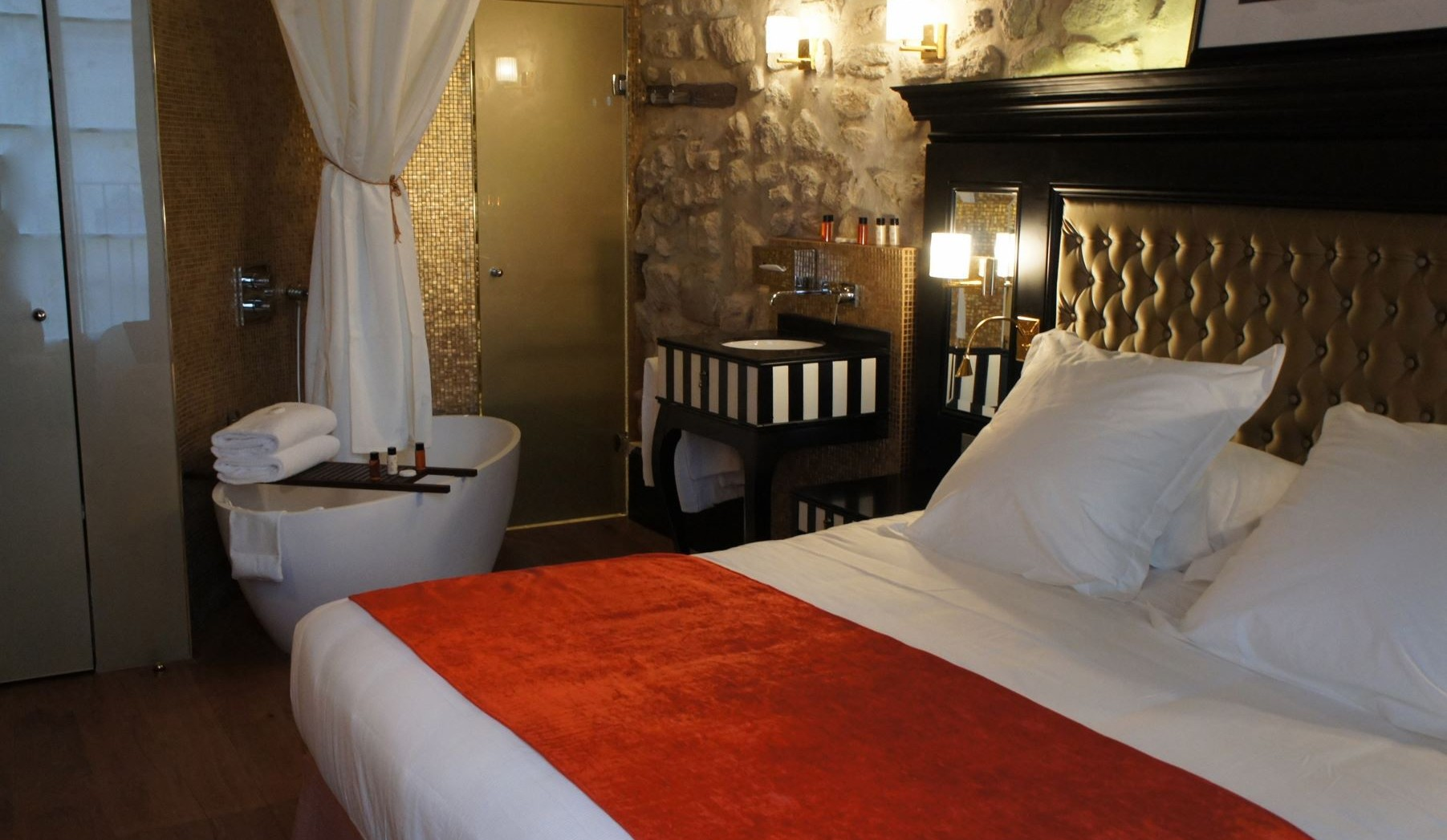 Hotel Moins De  Euros Paris