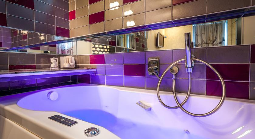 hotel avec baignoire paris