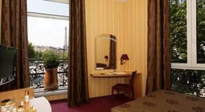 vue-eiffel-splendid-tour-eiffel-hotel