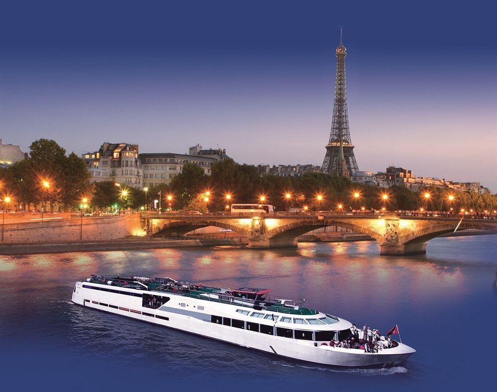 Nuit insolite Paris : dormir sur un bateau