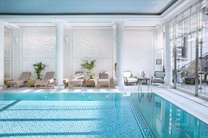 8 h tels avec piscine paris pour votre s jour en - Hotels vaison la romaine avec piscine ...