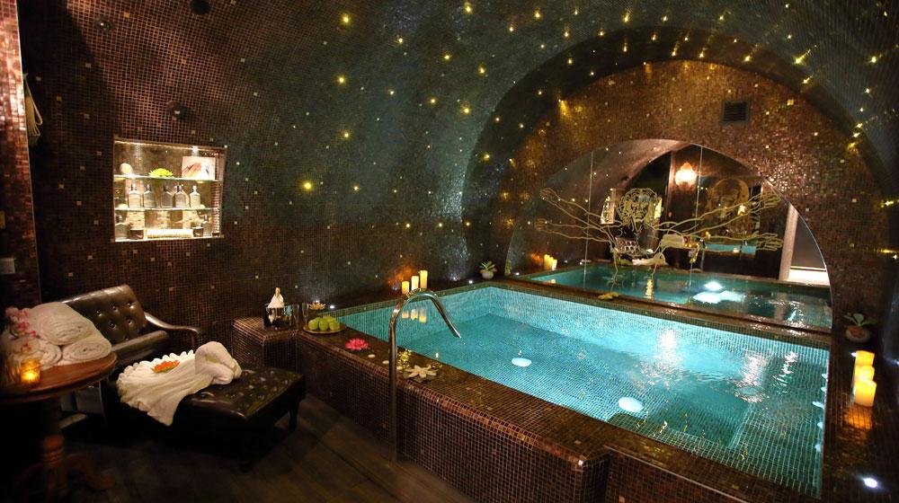 hotel-romantique-spa-da-vinci-sexyhotelsparis