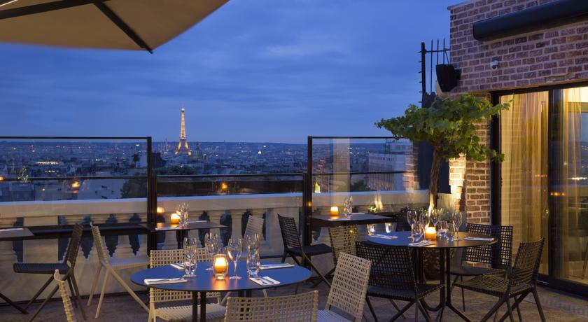 Hôtel romantique à Montmartre avec vues fabuleuses sur Paris