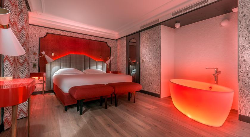 nuit-amoureux-paris-idol-hotel-sexyhotelsparis