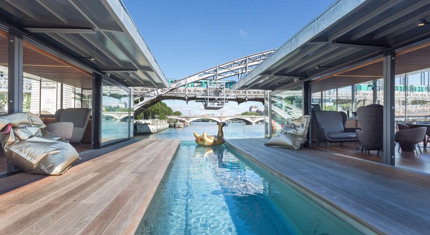 hotel-insolite-romantique-bateau-seine-paris-off-sexyhotelsparis